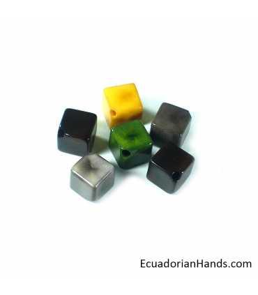 Cubo 3D 15mm Hueco Atravezado Abalorios Tagua (8 unidades)
