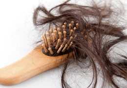 ¿Cómo disminuir el impacto del estrés en tu cabello, practicando aromaterapia y yoga con aceites esenciales?