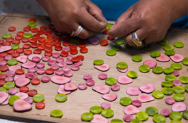Ecuadorianhands-Tagua-manufacture-Quality-Control-3-Imperfections-Selection.jpg